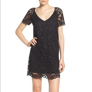 Bb Dakota Rene black lace shift dress size S NWT